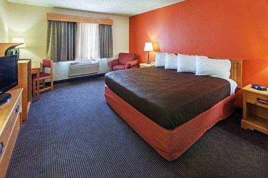 Sayre, OK: Guest Room