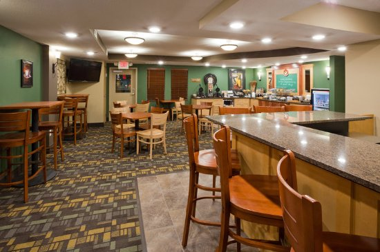 Americ Inn Hawley Breakfast Area