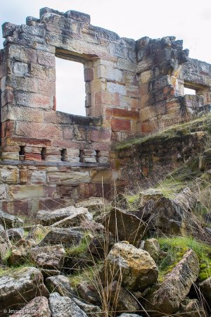 Saltwater River, Australia: Some of the ruins at the Coal Mine Historic Site