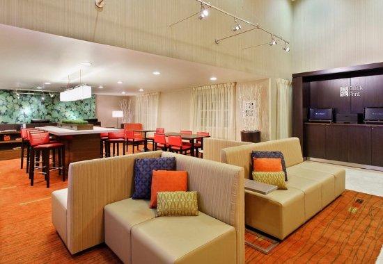 Athens, GA: Lobby Seating Area