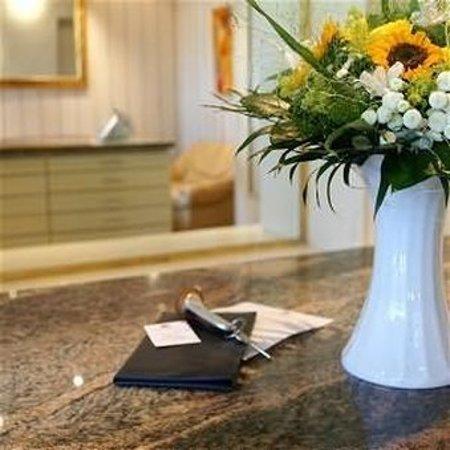 TOP Hotel Buschhausen Aachen_Reception