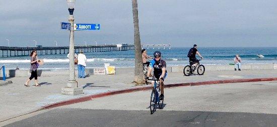 Bike Ride San Go Riding Near The Ocean Beach Munil Pier