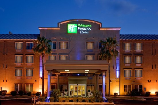Holiday Inn Express Hotel & Suites, Peoria: Hotel Exterior