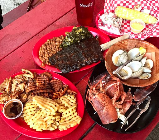 Ray Brook, Estado de Nueva York: BBQ Ribs, Corn on the cob, Lobster, Oysters, Waffle Fries & Curly Fries