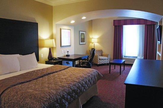 Columbus, TX: Guest Room