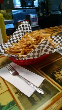 El Reno, OK: HUGE BASKET of fresh cut fries