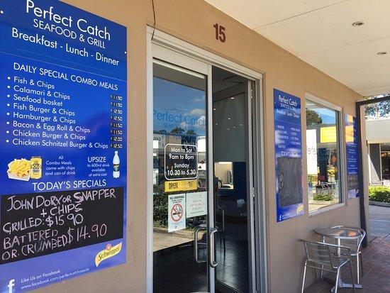 Casula, أستراليا: Shop Front