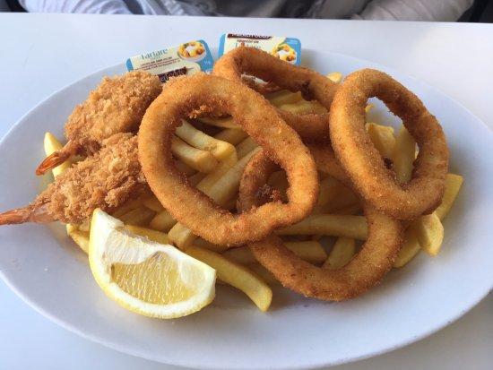 Casula, Australien: Prawn Cutlets & Calamari Seafood Pack