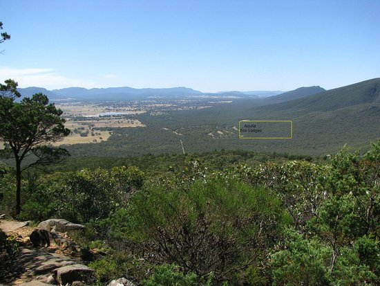 Dunkeld, Australia: Location of Aquila Eco Lodges . View from Picanyny Mountain