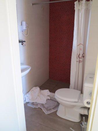 Hotel Morfeas : Bathroom