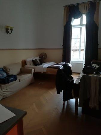 Budapest Best Apartments : IMG_20170912_181242_large.jpg