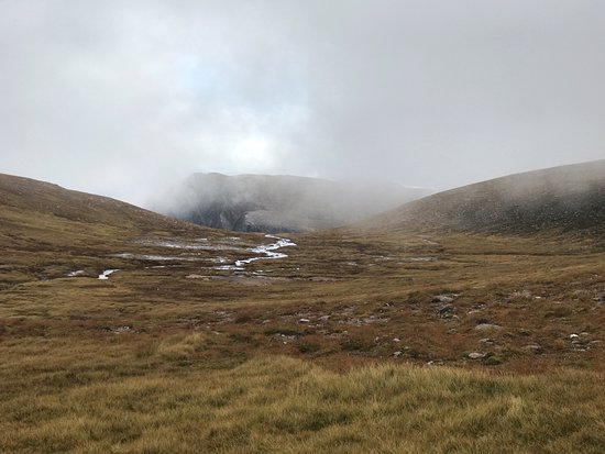 Aviemore, UK: Occaisonly the clouds dispersed.