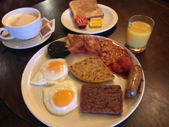Dumbarton, UK: New items on the breakfast