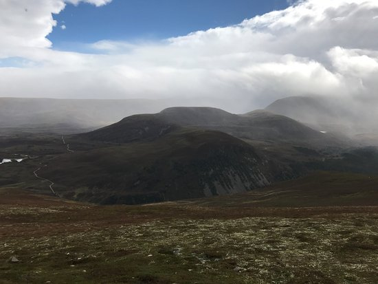 Aviemore and the Cairngorms, UK: Lots of weather.