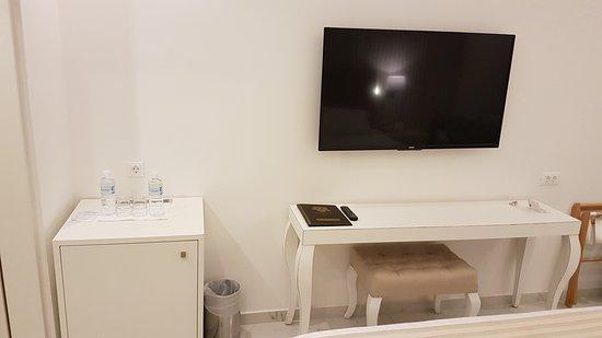 Ibiscus Hotel: 20170903_235317_large.jpg