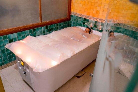 Medina belisaire thalasso resort hammamet tunisie for Thalasso quiberon piscine