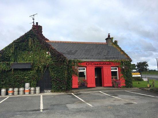 Clonmel, ไอร์แลนด์: Barne Lodge Pub and Restaurant