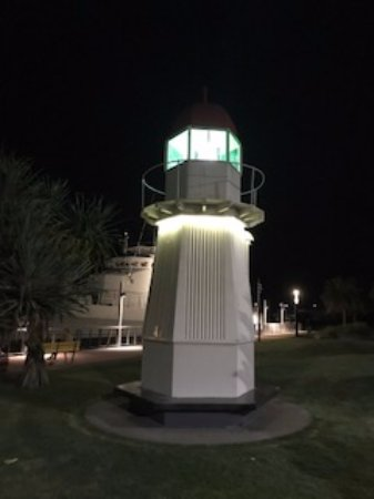 Gladstone, Australië: Light house night view