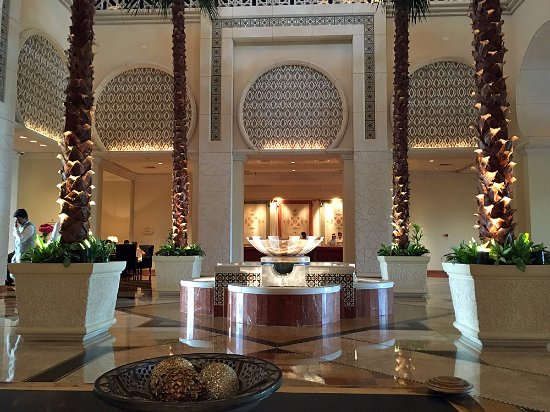 The Palace at One&Only Royal Mirage Dubai: Lobby / reception area.