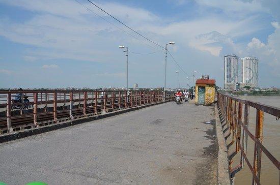 Long Bien Bridge : Bridge