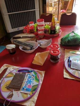 Gioan Cooking Class: table layout