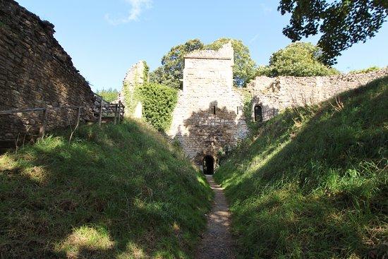"Pickering, UK: The ""hidden"" barbican gate"