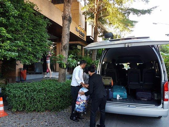 The Cottage Suvarnabhumi: Hotel shuttle