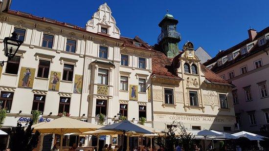 Glockenspielhaus