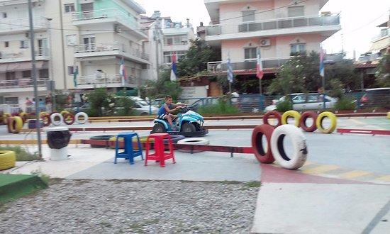 Paralia, Greece: Zabava za decu