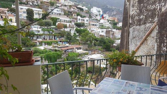 Venus Inn B&B Positano: The terrace just off our room