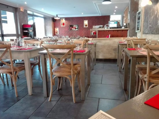 La Foret-Fouesnant, Fransa: salle de restaurant