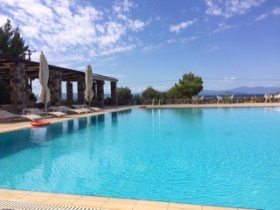 Limni, Grecia: Awesome pool area