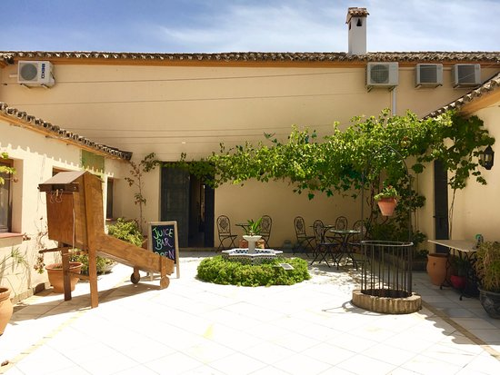 Villamartin, Espagne : Relax in the Courtyard