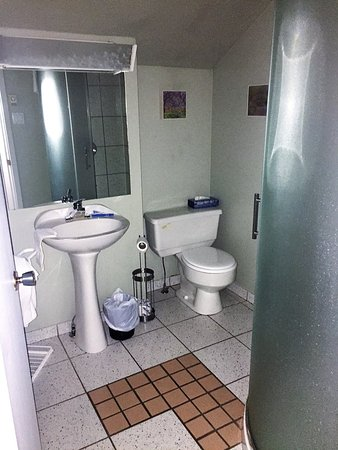 Val David, Canadá: Bathroom