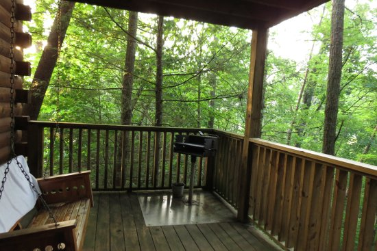 Brotheru0027s Cove Log Cabin Rentals: Mountain Laurel Cabin. The Lower Deck,  Hot Tub