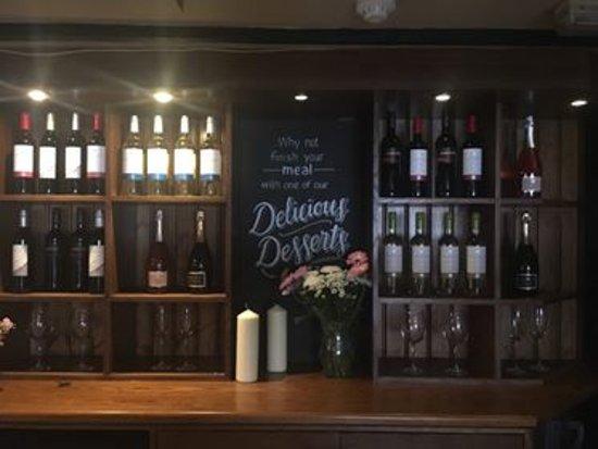 Ringwood, UK: wine list