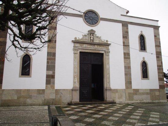 Figueiro dos Vinhos, Portekiz: Igreja Matriz de Figueiró dos Vinhos (main facade)