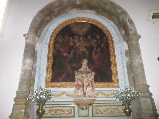 Figueiro dos Vinhos, Portekiz: Igreja Matriz de Figueiró dos Vinhos (painting and a Piettà statue)