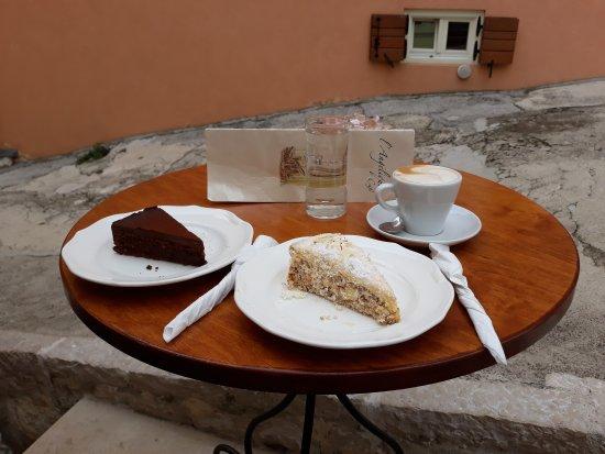 Cafe L'Angelique: 20170914_102415_large.jpg