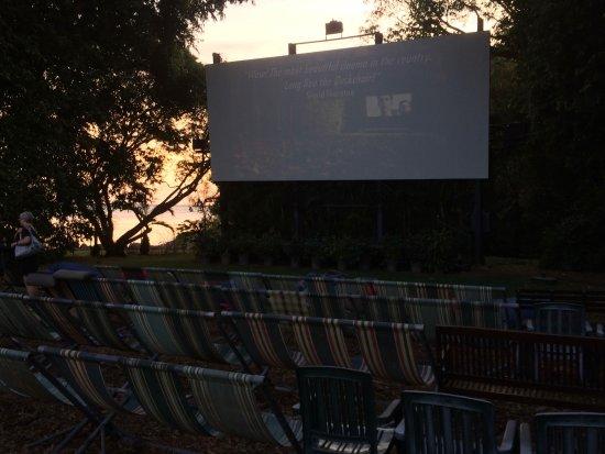 Deckchair Cinema Darwin