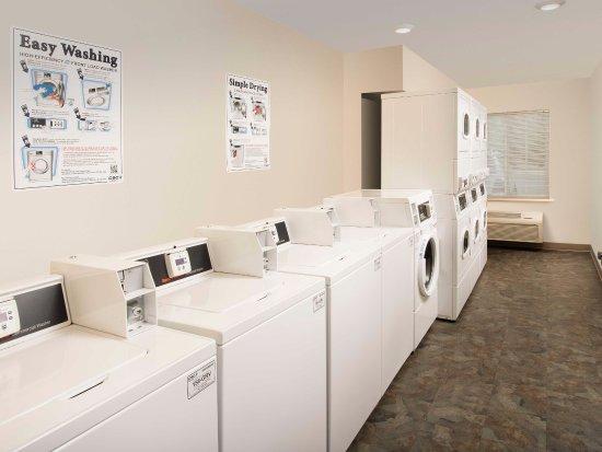 Gainesville, VA: Laundry Room