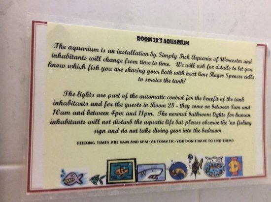 Evesham Hotel: Comedy notice in bathroom