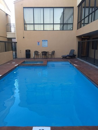 Quality Inn & Suites - Round Rock Photo
