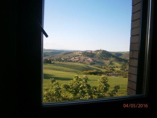 Monticchiello, Italy: panorama dalla finestra