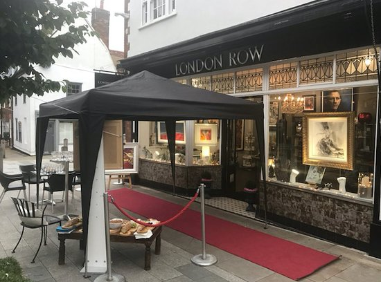London Row International Fine Art