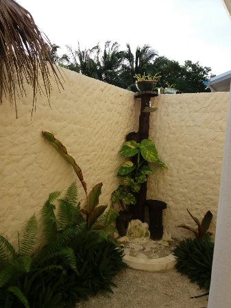 Haa Alif Atoll: Outdoor shower