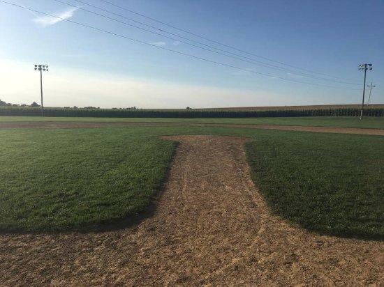 Dyersville, IA: The Field of Dreams