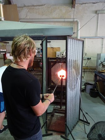 Stuart Wiltshire Glass: Glassblowing