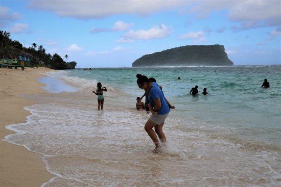 Lalomanu Beach: swimming