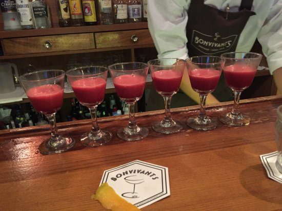 Prague Food Tour: Cocktails at Bon Vivants